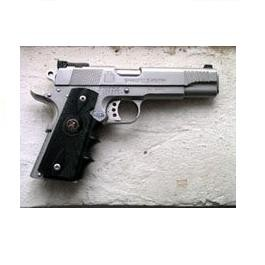 Delta Force   Pachmayr 1911 Combat Grip with Finger Grooves